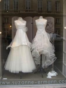 ..e vitrine de loja de estilistas moderninhos
